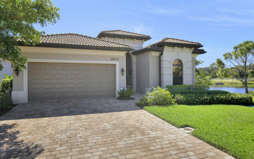 9872 Alhambra Ln, Bonita Springs - Home For Sale 158267232