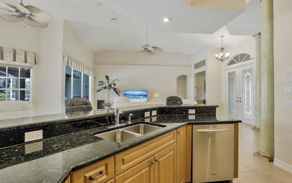 4906 SW 26th Pl, Cape Coral - Vacation Rental 694812192