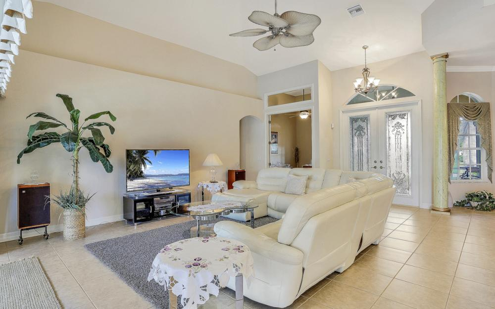 4906 SW 26th Pl, Cape Coral - Vacation Rental 2096635953