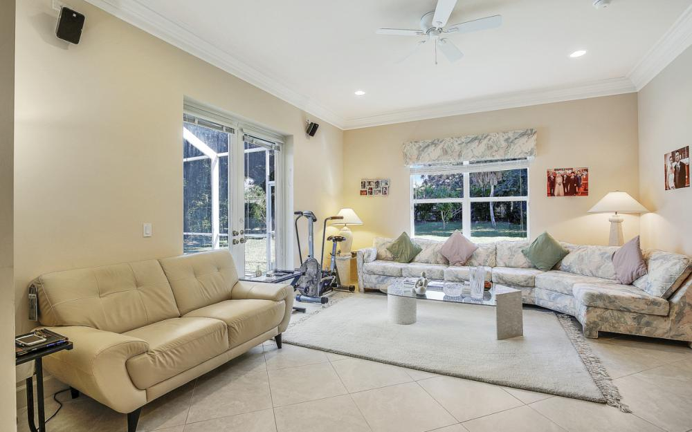 631 S Barfield Dr, Marco Island - Home For Sale 1565866870
