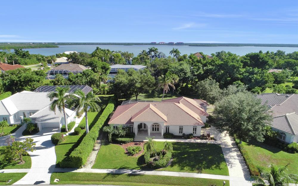 631 S Barfield Dr, Marco Island - Home For Sale 602497182