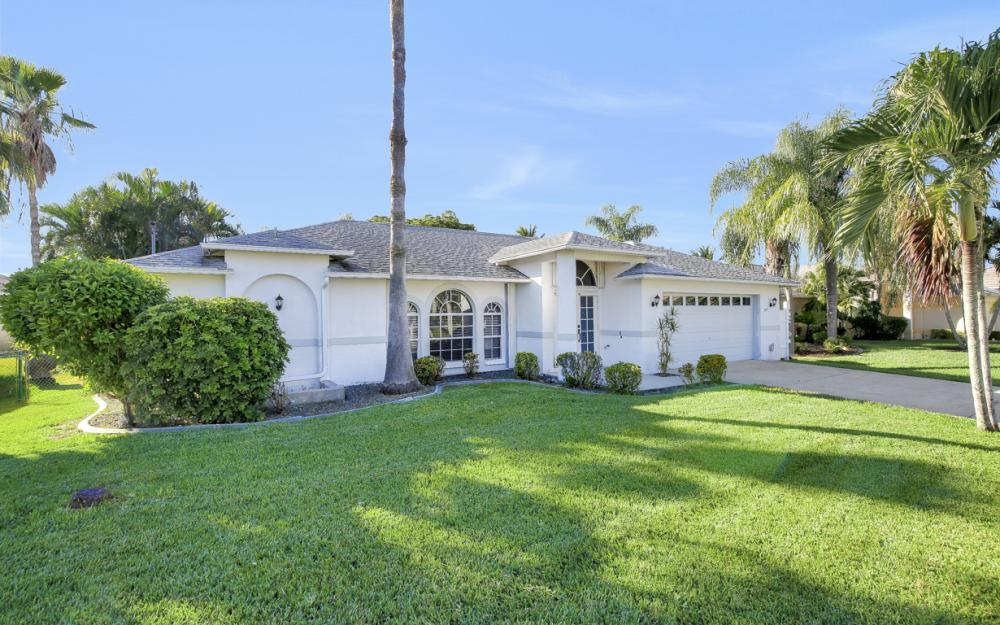 5214 SW 23rd Ave, Cape Coral - Home For Sale 1121448925