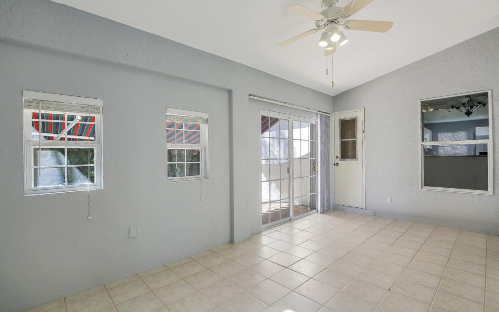5214 SW 23rd Ave, Cape Coral - Home For Sale 775728362