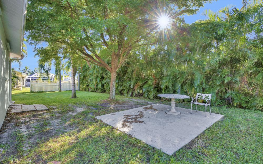 5214 SW 23rd Ave, Cape Coral - Home For Sale 495354074