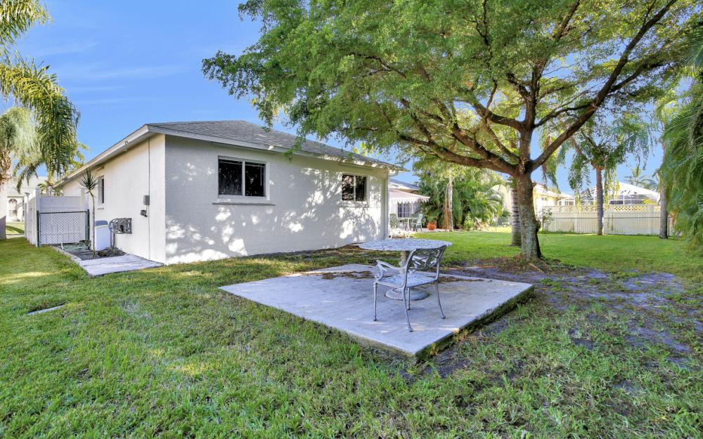 5214 SW 23rd Ave, Cape Coral - Home For Sale 1012395549