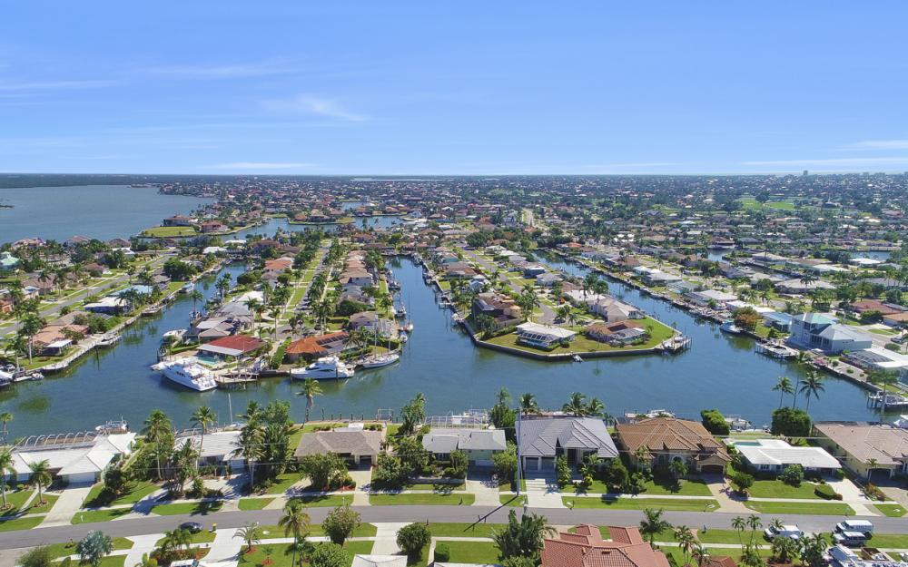 1237 Martinique Ct, Marco Island - Home For Sale 557877177