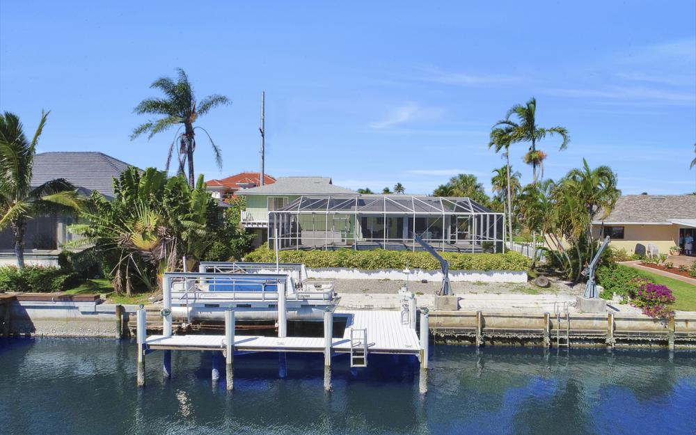 1237 Martinique Ct, Marco Island - Home For Sale 362114448