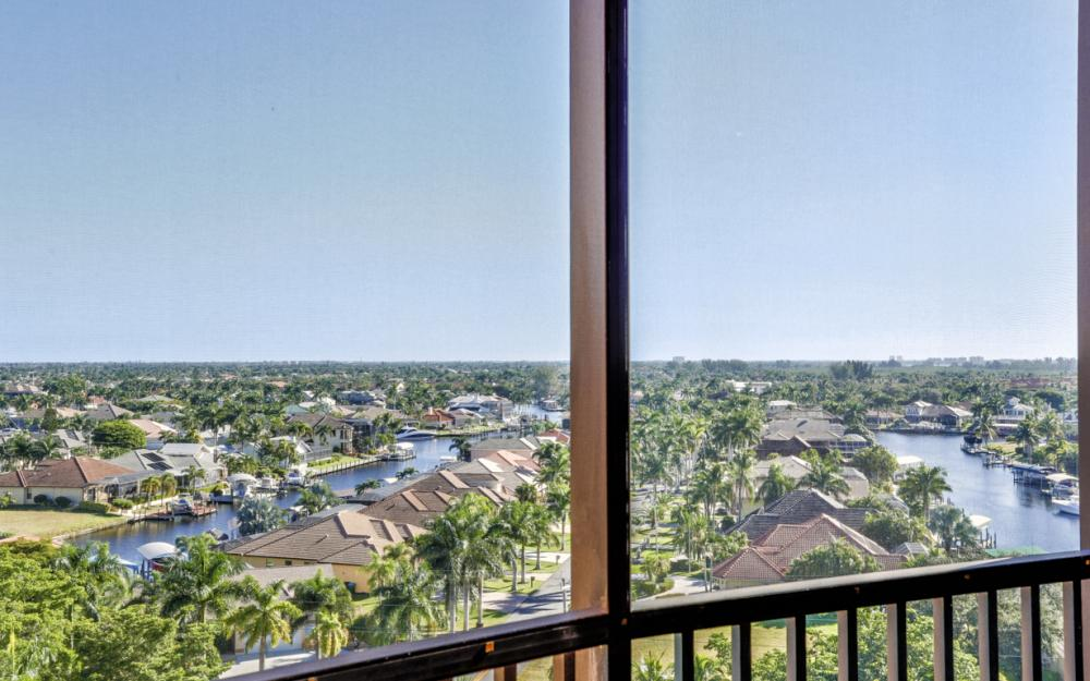 5793 Cape Harbour Dr #913, Cape Coral - Condo For Sale 645680092