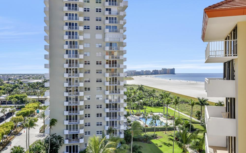 180 Seaview Ct #900, Marco Island - Condo For Sale 36900512