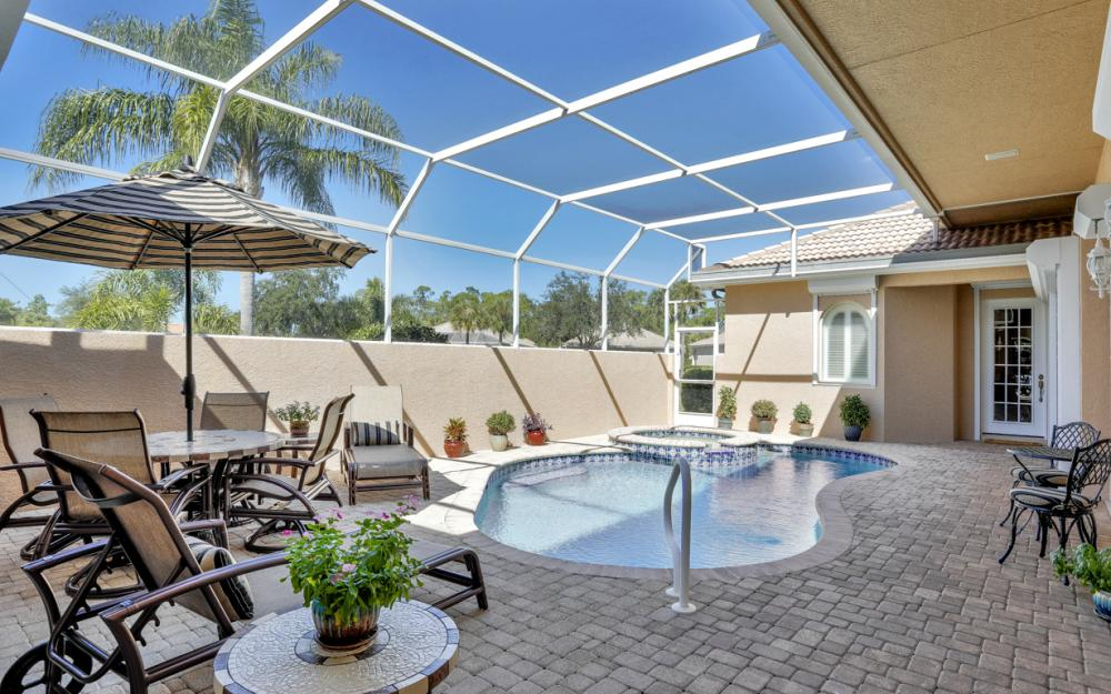 6151 Ashwood Ln, Naples - Home For Sale 1268958507