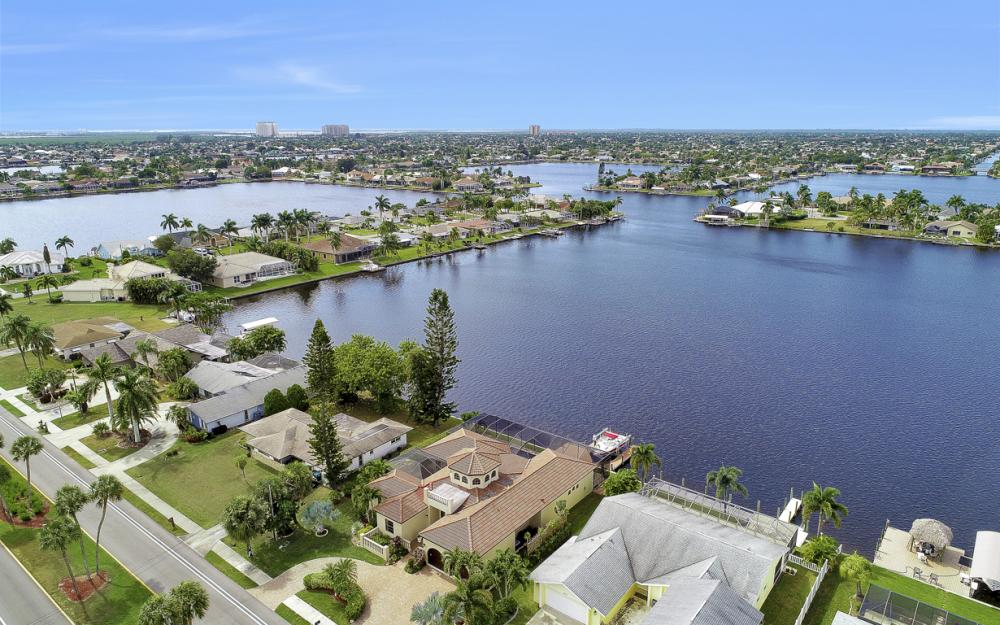 4824 Pelican Blvd, Cape Coral - Home For Sale 1211884865