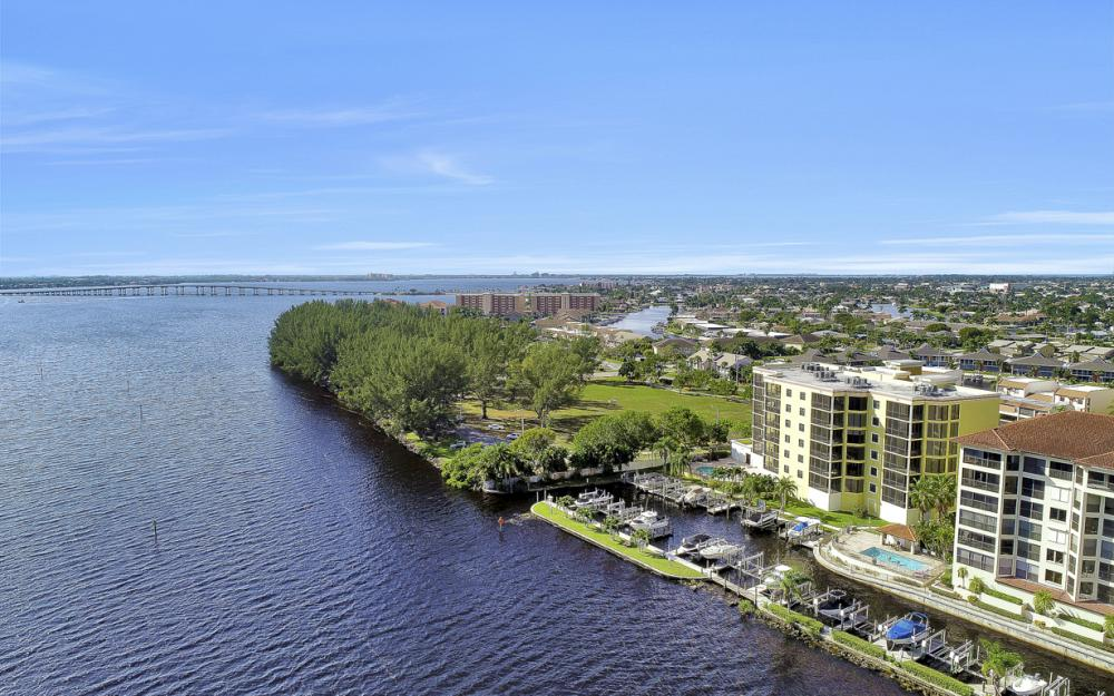 4029 SE 20th Place #201, Cape Coral - Condo For Sale 1304586613