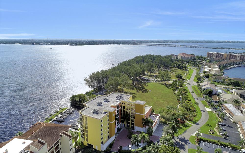4029 SE 20th Place #201, Cape Coral - Condo For Sale 383156584