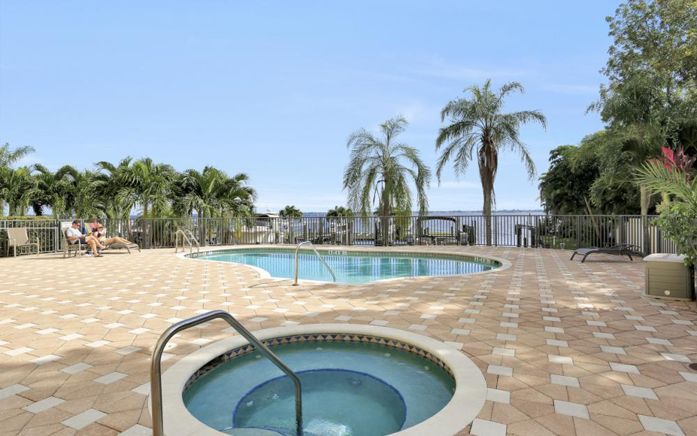 4029 SE 20th Place #201, Cape Coral - Condo For Sale 1108487736