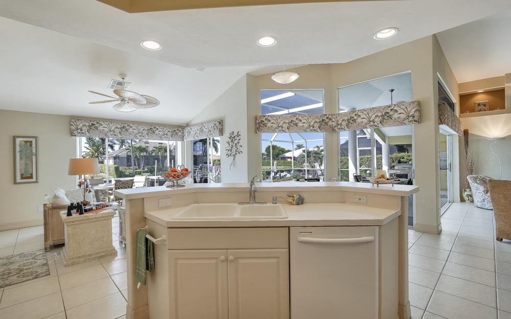 400 Bald Eagle Dr, Marco Island - Vacation Rental 657283723