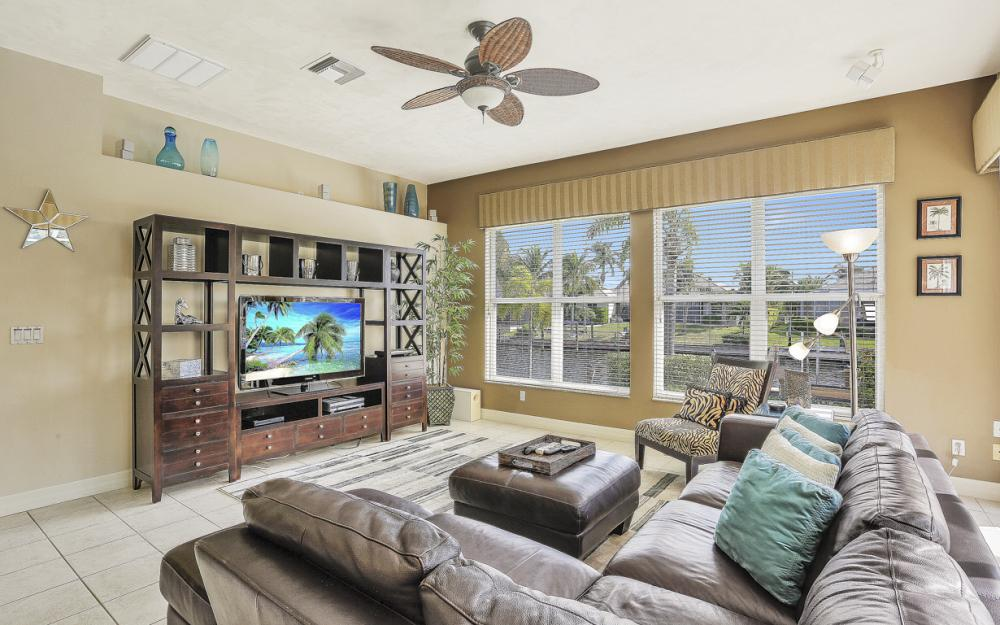 4605 SW 13th Ave, Cape Coral - Vacation Rental 695617259
