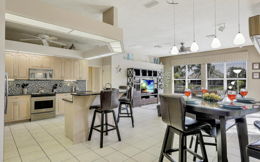4605 SW 13th Ave, Cape Coral - Vacation Rental 1129748264