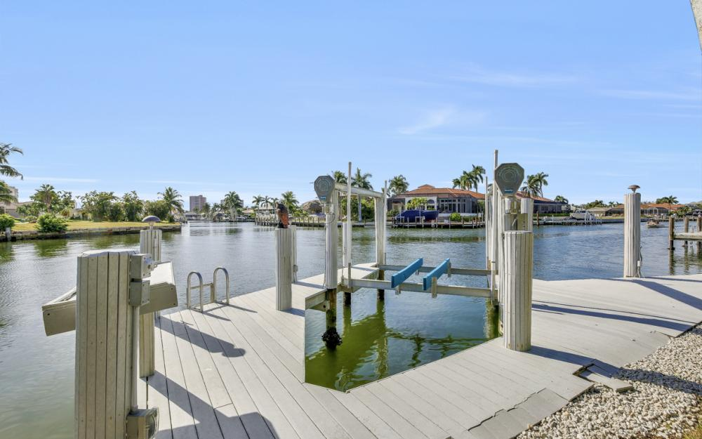 760 Partridge Ct, Marco Island - Home For Sale 912562266