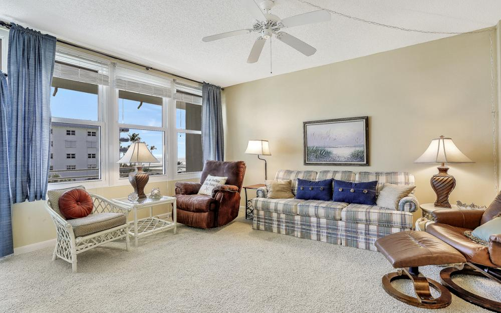 240 Seaview Court# 407, Marco Island - Condo For Sale 664507904