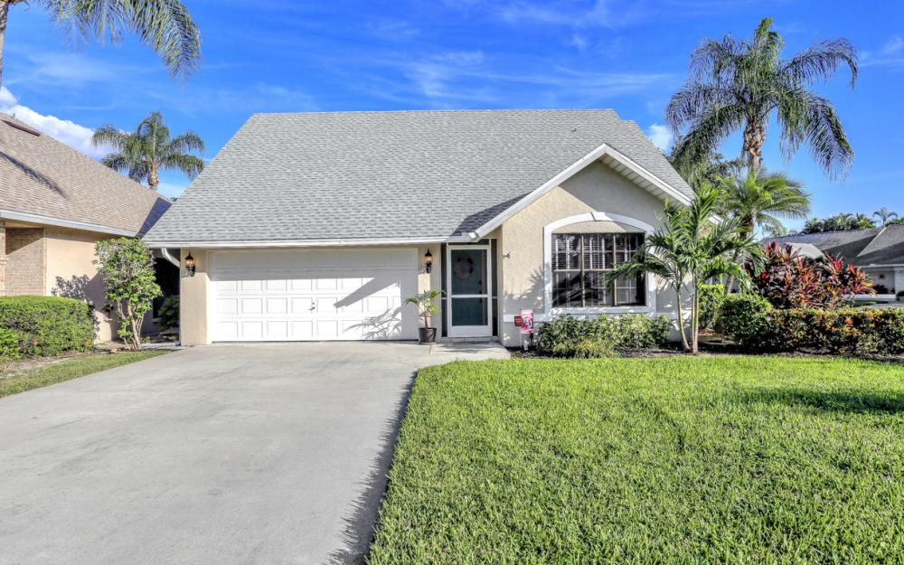 13689 Admiral Ct, Fort Myers - Home For Sale 130618808