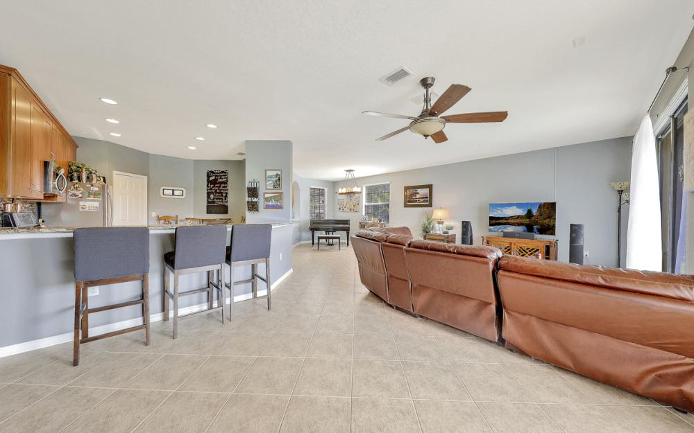 15613 Summit Place Cir, Naples - Home For Sale 2079556713