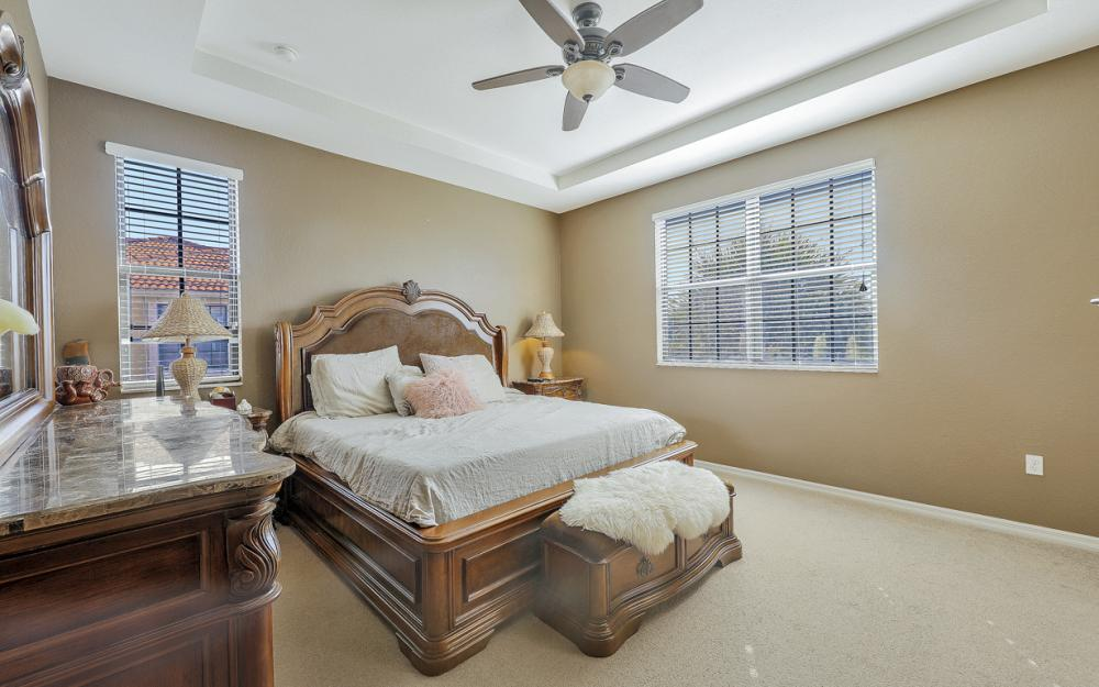 15613 Summit Place Cir, Naples - Home For Sale 202476386