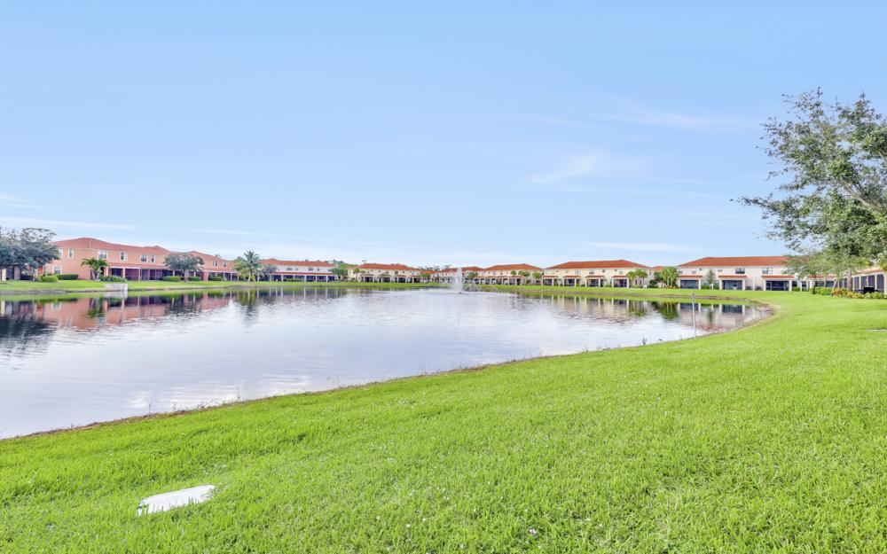 15613 Summit Place Cir, Naples - Home For Sale 921181691
