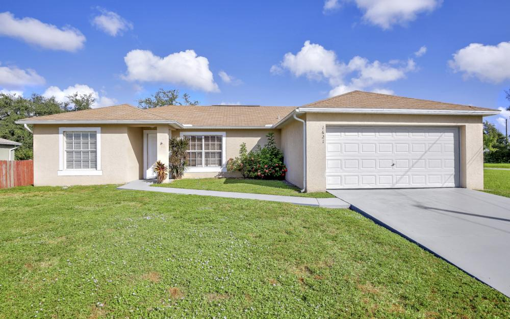 1621 SW 3rd Ter Cape Coral - Home For Sale 182678520