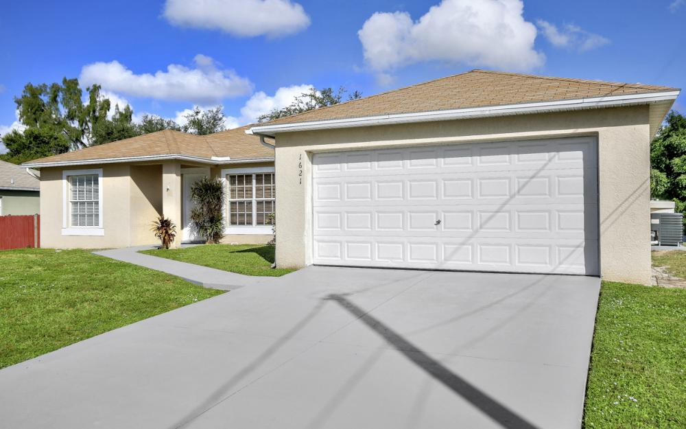 1621 SW 3rd Ter Cape Coral - Home For Sale 1965320003