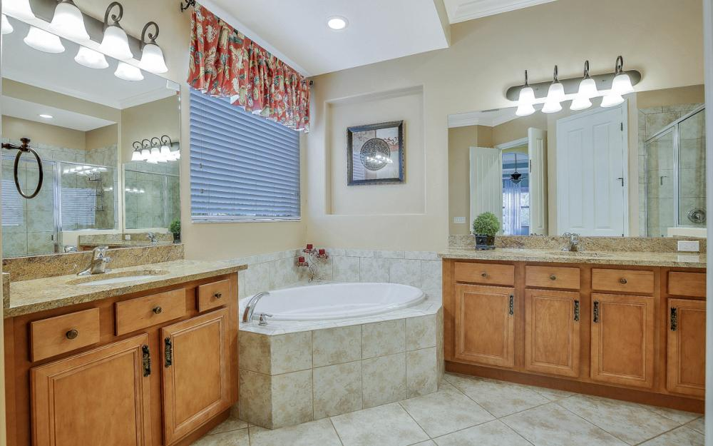 11204 Adora Ct, Fort Myers - Home For Sale 606565779