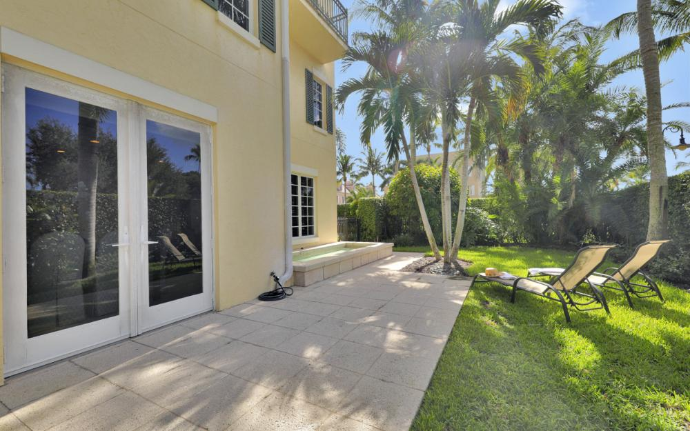 307 8th Ave S, Naples - Home For Sale  2094653363