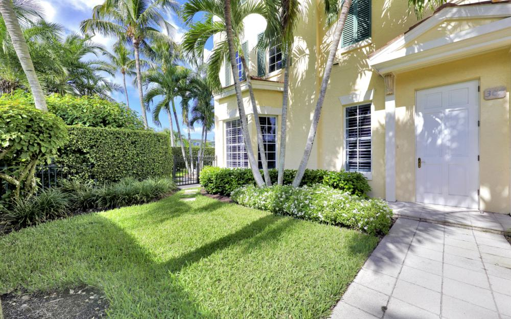 307 8th Ave S, Naples - Home For Sale  909189584