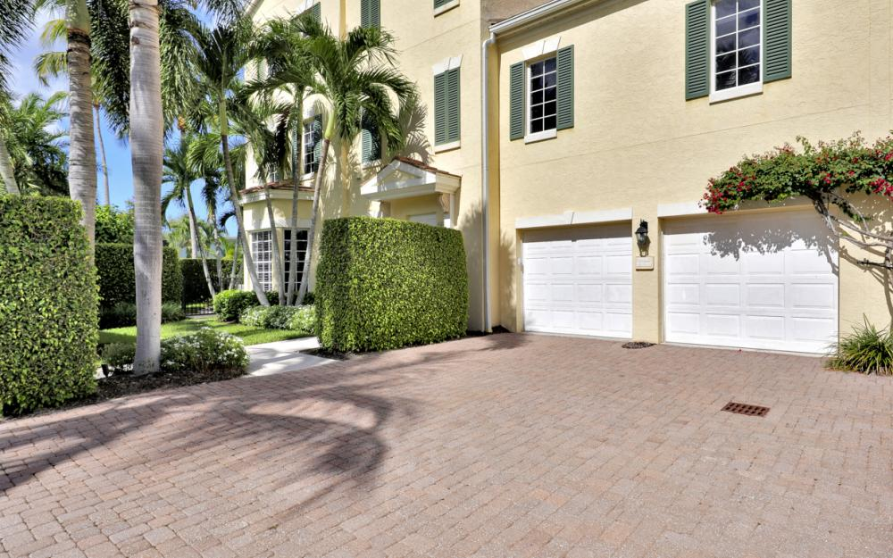 307 8th Ave S, Naples - Home For Sale  99003731