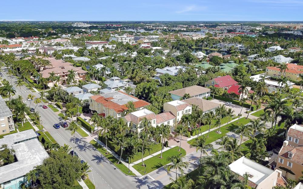 307 8th Ave S, Naples - Home For Sale  823632334