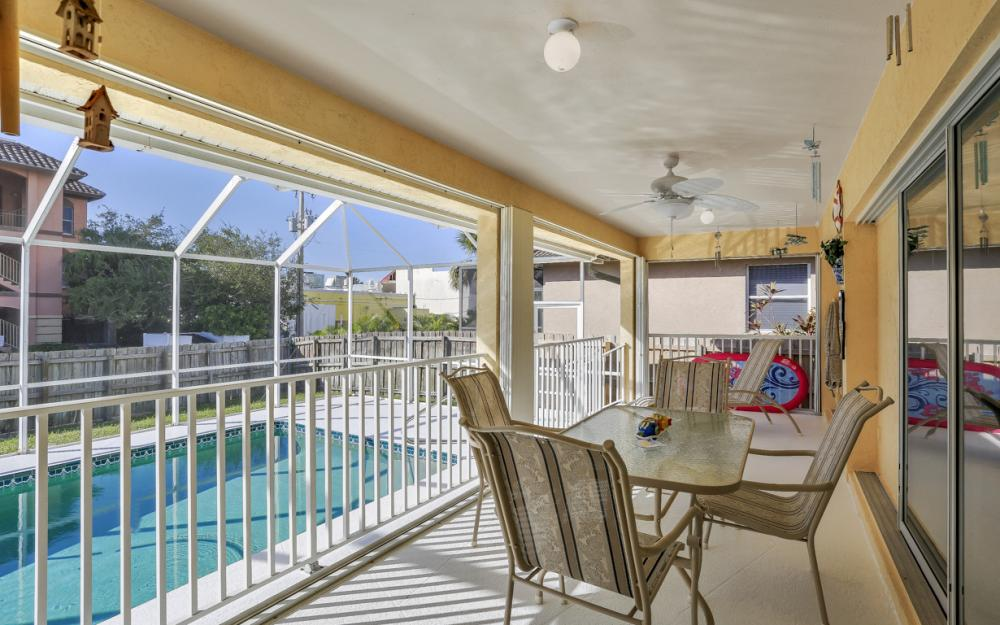 216 Castaways St, Marco Island - Home For Sale 598621973