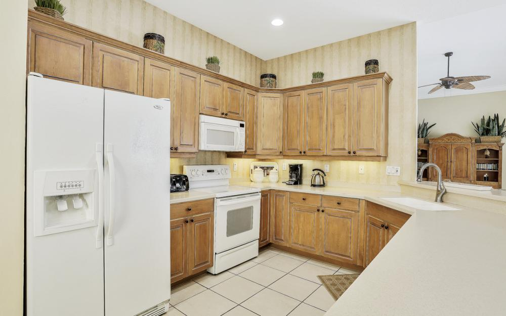 1200 Briarwood Ct, Naples - Home For Sale 26227637
