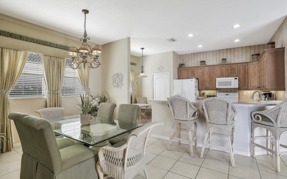 1200 Briarwood Ct, Naples - Home For Sale 805912781