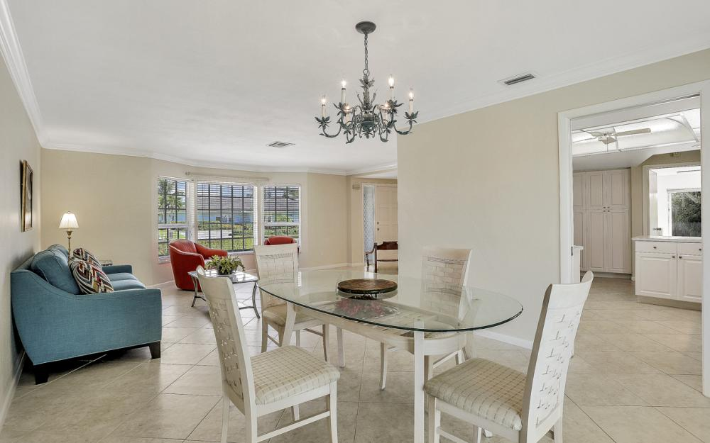 336 Nassau Ct, Marco Island - Home For Sale 1058513231