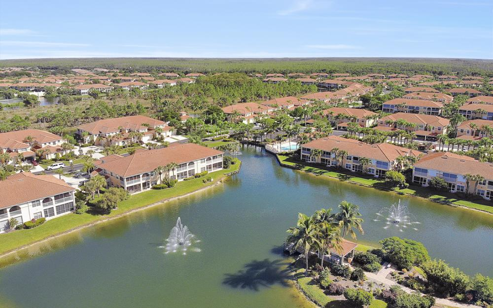 10851 Crooked River Rd #202, Estero - Condo For Sale 352604566