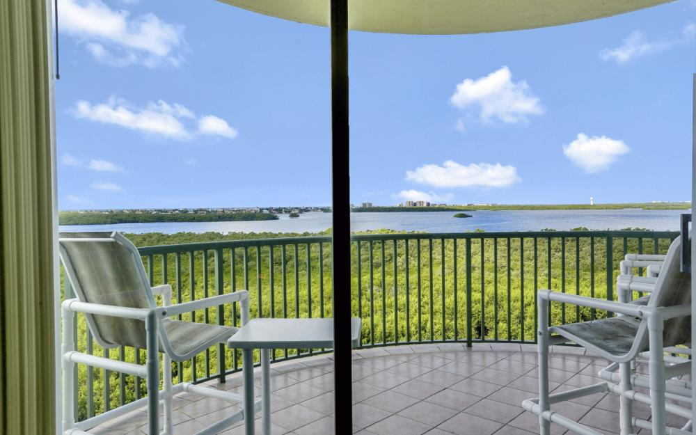 4801 Island Pond Ct #702, Bonita Springs - Condo For Sale 672260090