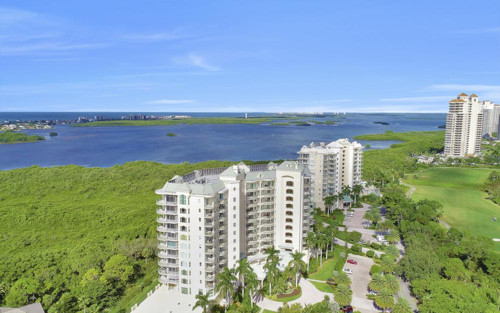 4801 Island Pond Ct #702, Bonita Springs - Condo For Sale 369062976