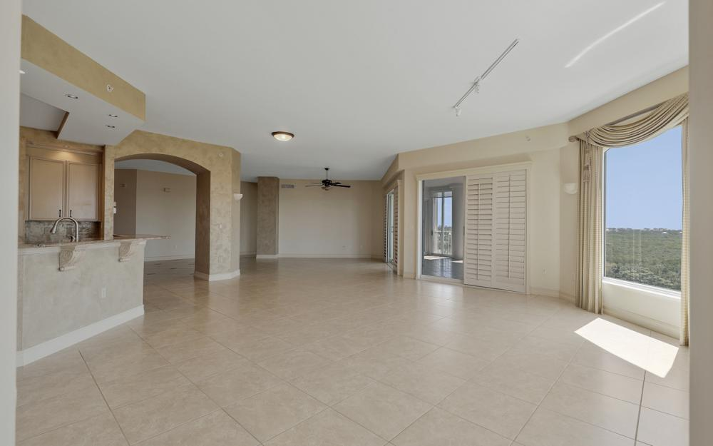 4801 Island Pond Ct #702, Bonita Springs - Condo For Sale 31882349