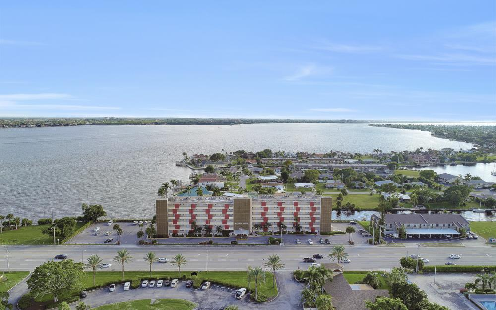 1766 Cape Coral Pkwy E. #210, Cape Coral - Condo For Sale 1948722908