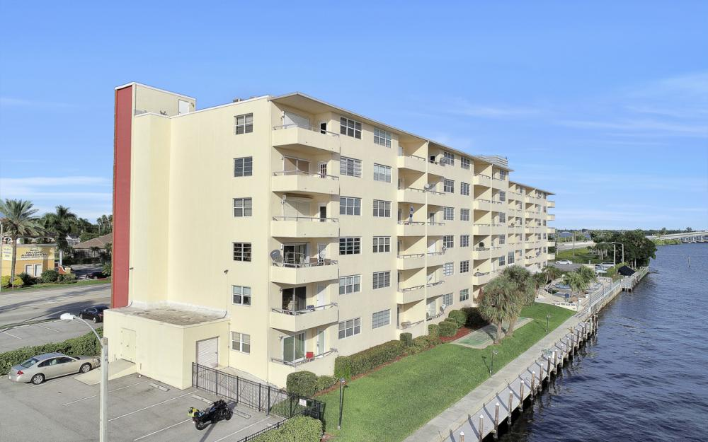 1766 Cape Coral Pkwy E. #210, Cape Coral - Condo For Sale 523148846