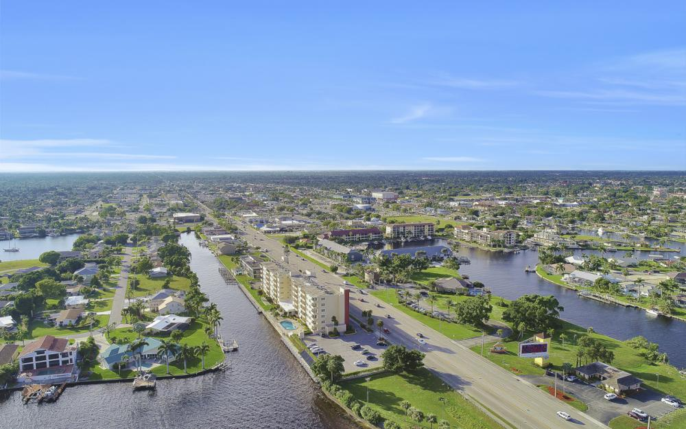 1766 Cape Coral Pkwy E. #210, Cape Coral - Condo For Sale 28258544