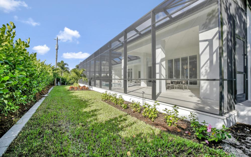 796 Anderson Dr, Naples - Home For Sale 724818564