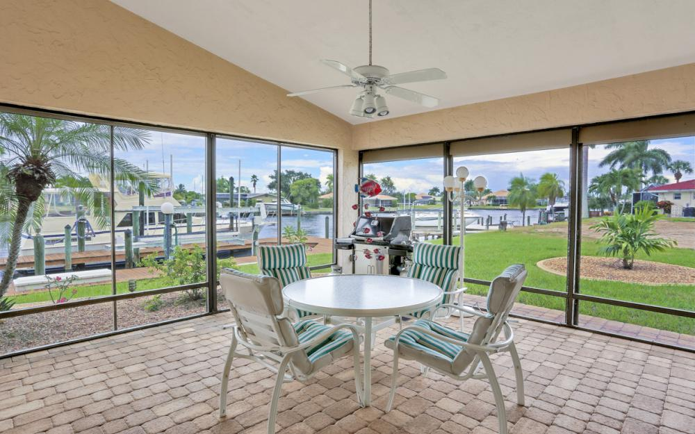115 Bayshore Dr, Cape Coral - Home For Sale 1333737076