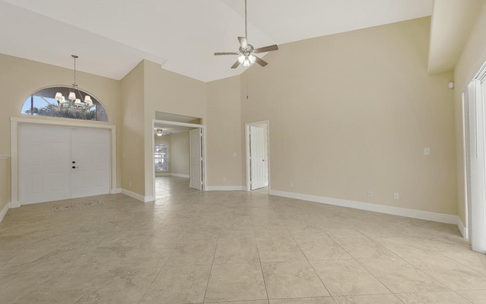 702 NW 38th Pl, Cape Coral - Home For Sale 797779855