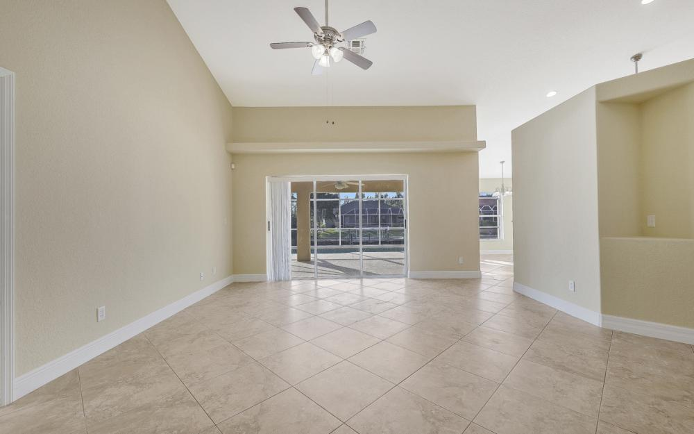 702 NW 38th Pl, Cape Coral - Home For Sale 1840448331