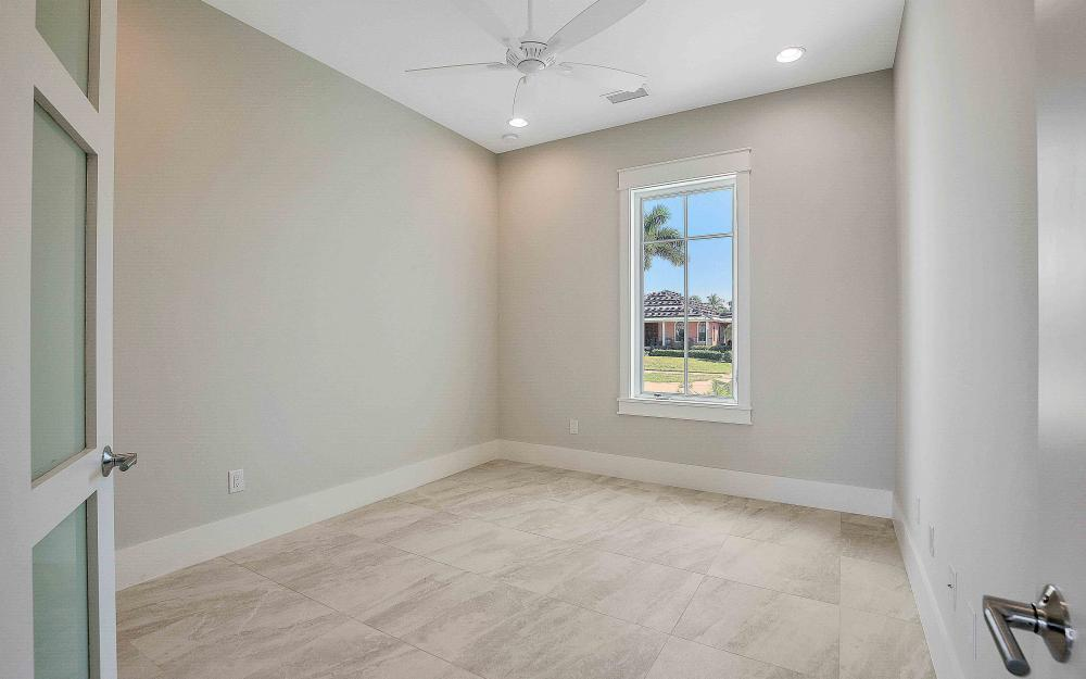 609 Hernando Dr, Marco Island - Home For Sale 42571274